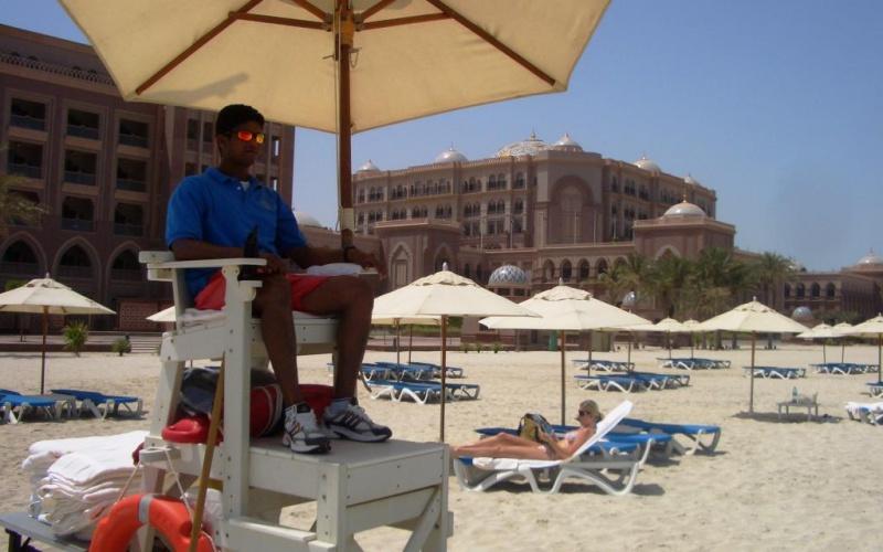 Chaleur garantie, clients fortunés, services très haut de gamme (Abu Dhabi, Emirats Arabes Unis)