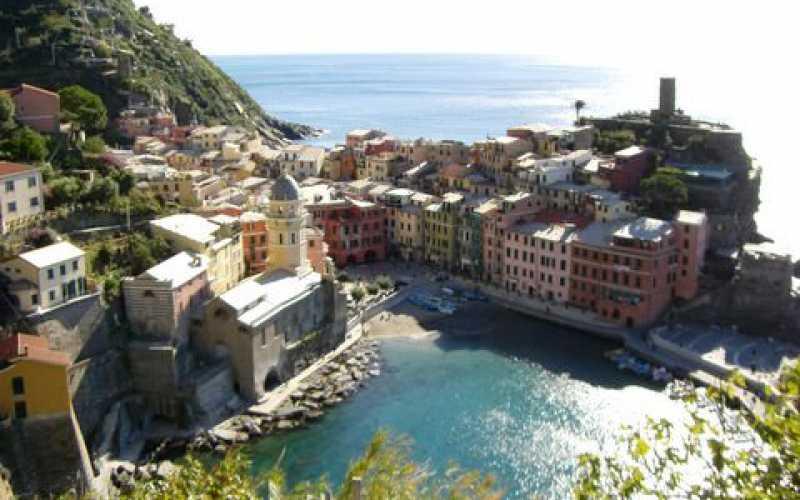 Un de ces villages de Cinque Terre entre ciel et mer (Italie)