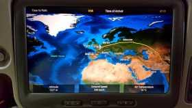 Ecran de suivi d'un vol venant de décoller de Paris à destination de l'Asie