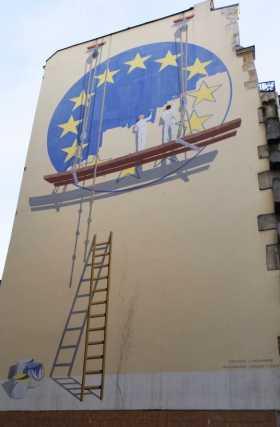 Brexit La fragilité de la construction européenne. Peinture de stree art dans Paris