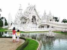 Thaïlande Chiang Rai Temple blanc White Temple Un étrange temple tout blanc dans la campagne du nord de la Thaïlande