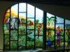 Un des vitraux colorés de la cathédrale Saint-Paul d'Abidjan (Côte d'Ivoire)